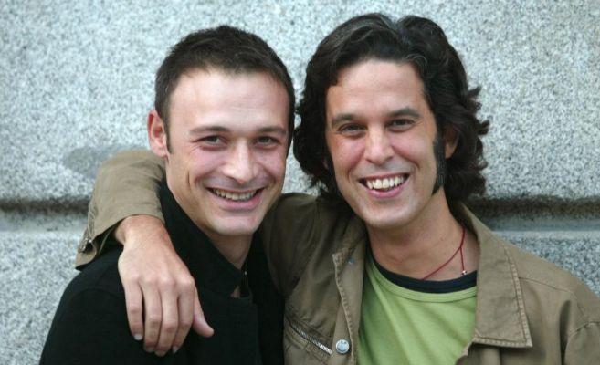Jesús Santos y Pedro Zerolo en 2003, cuando reclamaron casarse en el...