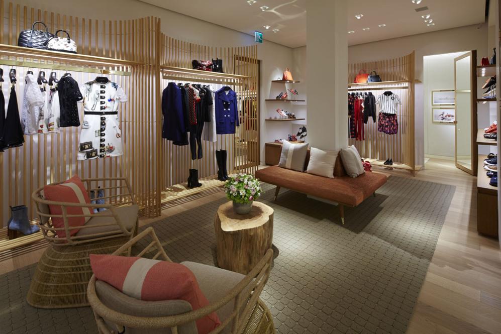 831ec0a0a Louis Vuitton transforma su tienda de Puerto Banús | Moda | EL MUNDO