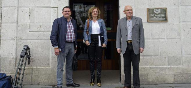 Jesus Maria Lopez, Cristina Gonzalez y Victor Garcia Hidalgo, a su...