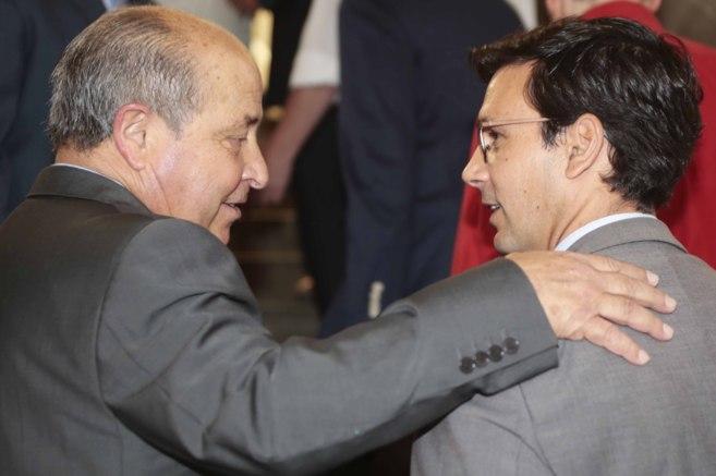 José Torres Hurtado y Francisco Cuenca, tras el último pleno...