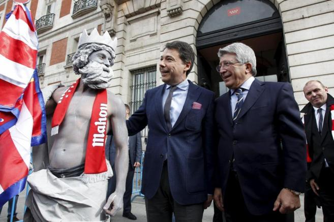Ignacio González y Enrique Cerezo, presidentes de la Comunidad de...