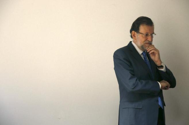 Rajoy, ayer en Bruselas, momentos antes de asistir a una reunión...