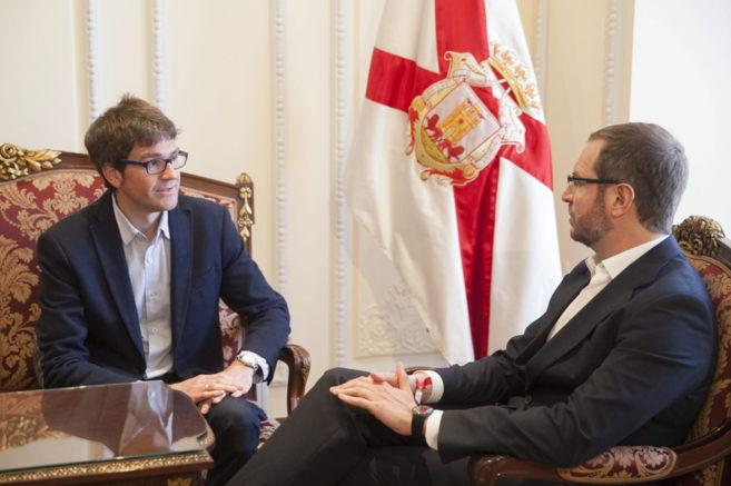 Gorka Urtaran y Javier Maroto en la última reunión de ambos...