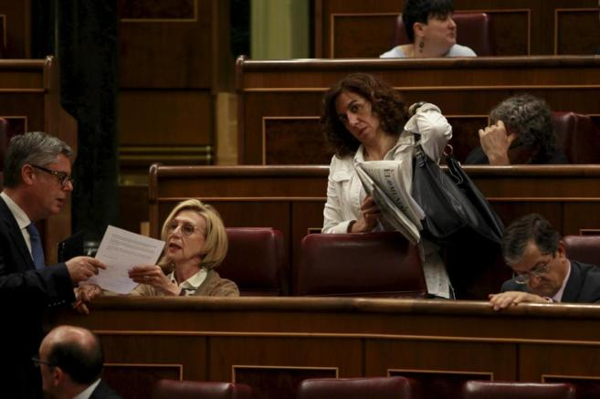 Irene Lozano y Rosa Díez el pasado jueves en el Congreso.