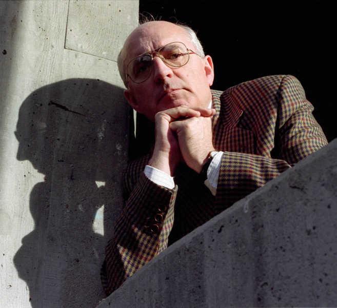 José Antonio Jáuregui, fotografiado en la Facultad de Ciencias de la...