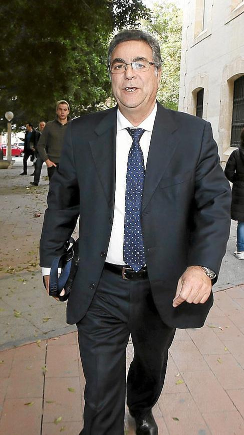 El dueño de Grupo Cívica, Enrique Ortiz.