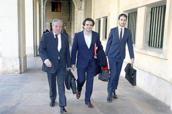 Sánchez Luna, en la Audiencia de Alicante, para declarar por el caso...