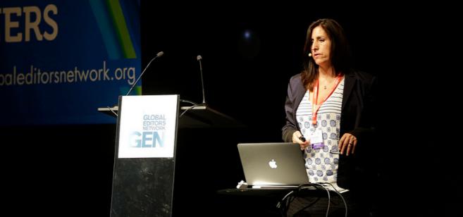 Nonny de la Peña durante su charla en la cumbre de GEN en Barcelona