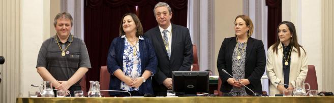 Nueva Mesa de las Juntas Generales de Álava presidida por Pedro...