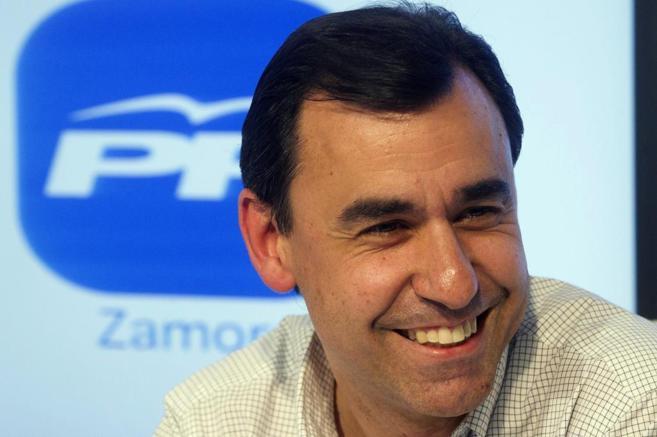 El nuevo vicesecretario de Organización del PP, Fernando...