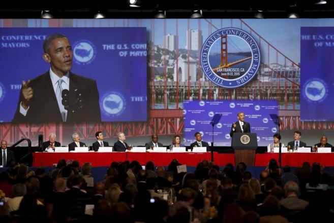Obama durante su participación en la conferencia de alcaldes de todo...