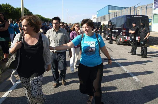 Ada Colau durante la manifestación convocada por la plataforma...