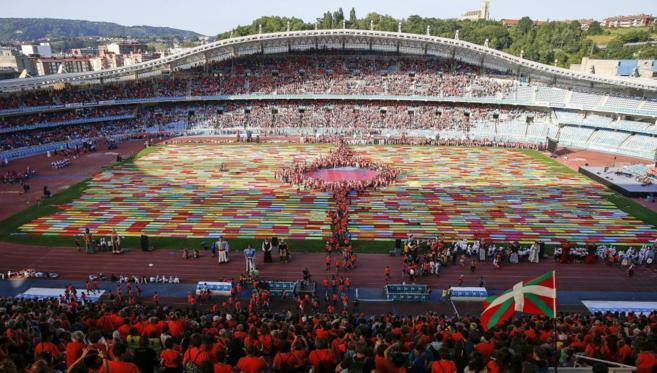 El estadio de Anoeta de San Sebastián, con motivo de una jornada...