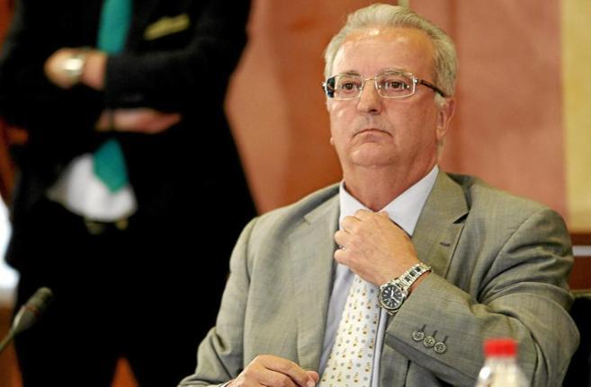 El ex presidente del IFA Antonio Fernández, durante su declaración...