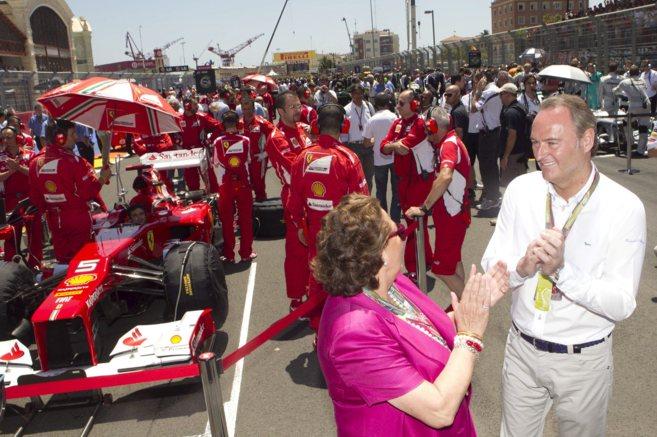 Alberto Fabra junto a Rita Barberá en la última edición del...