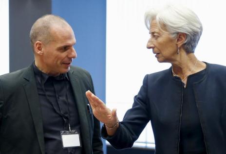 El primer ministro de Finanzas griego, Yanis Varoufakis, junto a la directora gerente del FMI, Christine Lagarde.