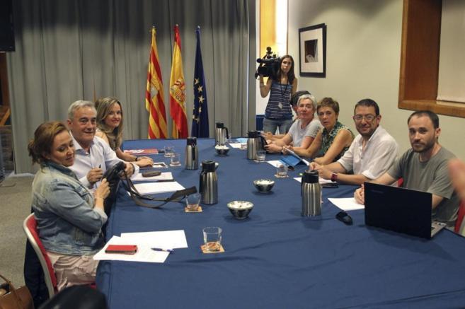 Negociación de los equipos del PSOE y Podemos.