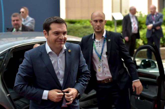 Alexis Tsipras, primer ministro griego, a su llegada a Bruselas.