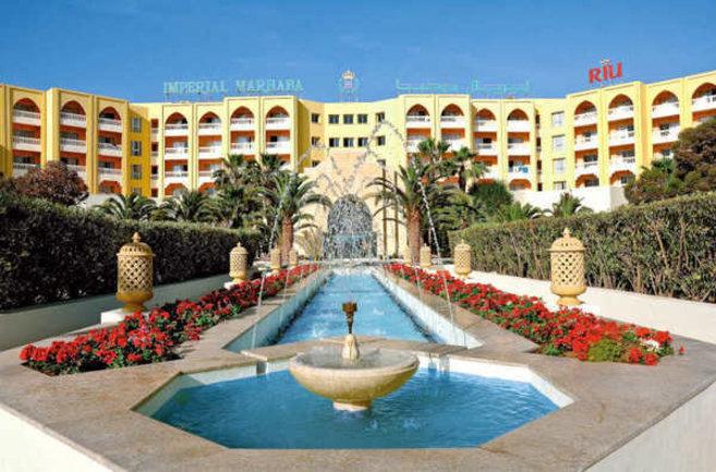 El hotel atacado hoy en Túnez, de la cadena española Riu.