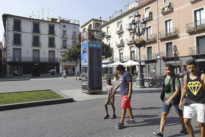 Plaza mayor de Olot (Gerona).