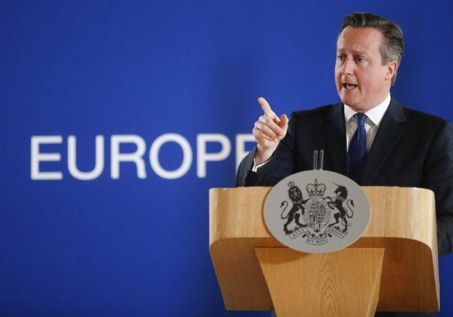 El primer ministro británico, David Cameron, durante una rueda de...