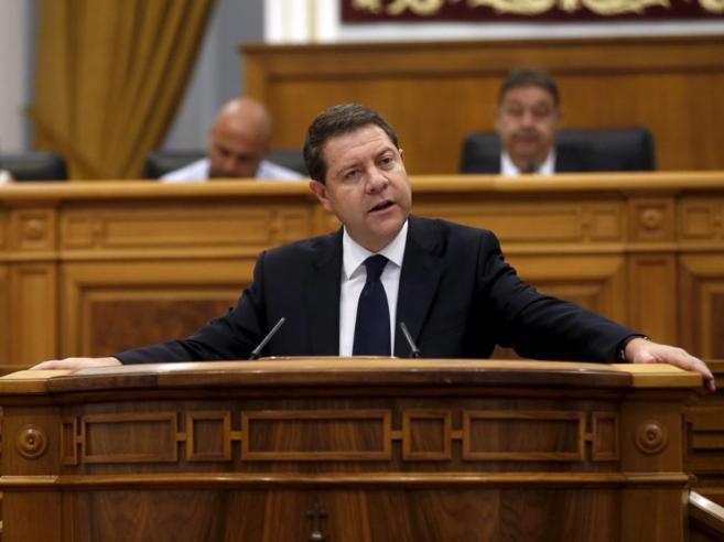 Emiliano Garcia-Page, hoy, durante la primera sesión del debate de su...