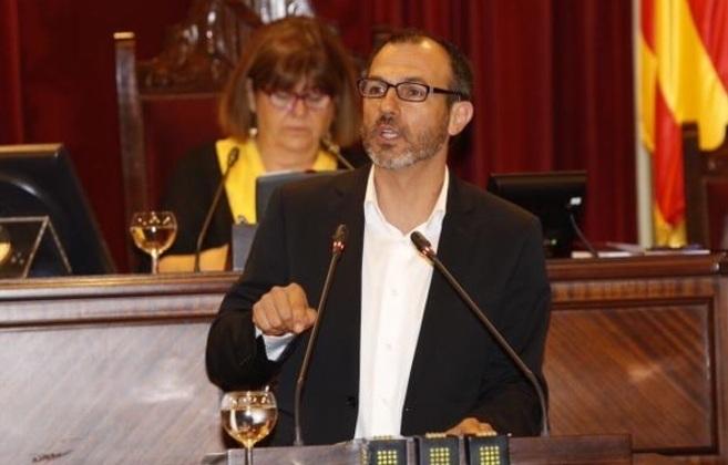 Biel Barceló durante su intervención en la sesión de investidura de...