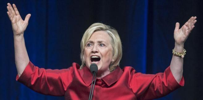 Hillary Clinton, candidata demócrata a la presidencia, durante un...