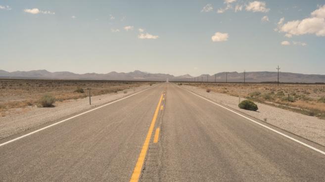 La carretera madre de Estados Unidos,recorre los estados de Illinois,...