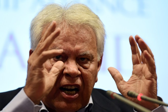Felipe González, durante la rueda de prensa donde anunció que...