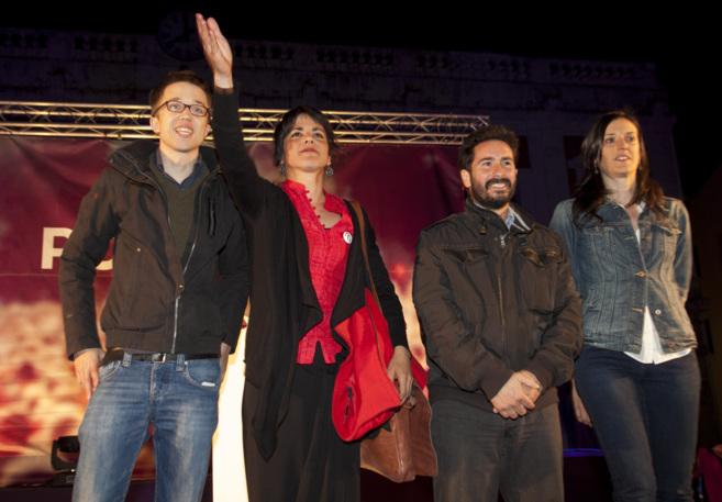 Juana Guerrero (a la derecha), en un acto público de Podemos en...