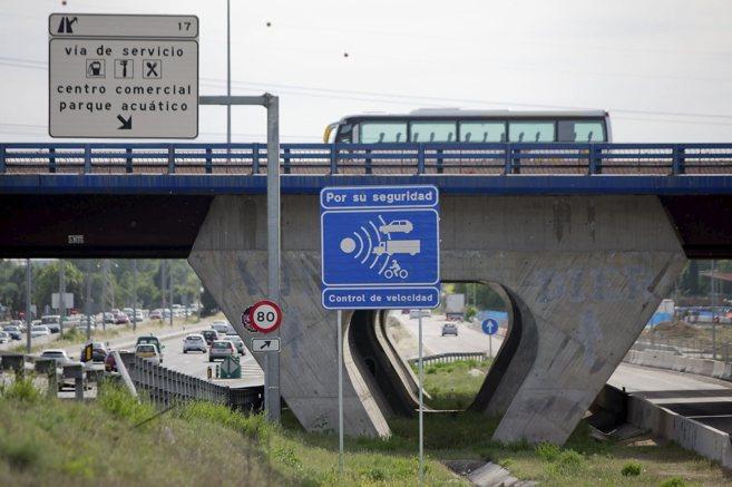 Un aviso de control de velocidad.
