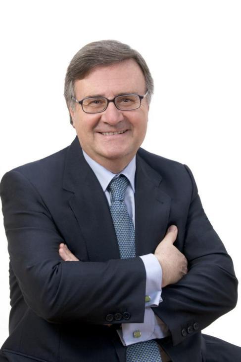 Arturo García Tizón.