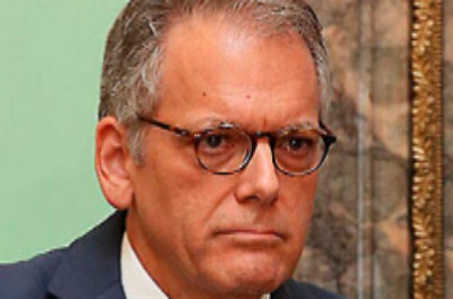 Jeffrey Delaurentis, jefe de negocios de la embajada de EEUU.