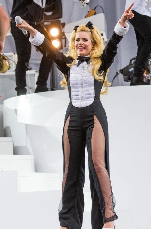 Paloma Faith hace doblete esta semana con este 'tuxedo' reinventado.