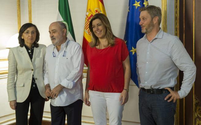 Rosa Aguilar, Manuel Gómez, Susana Díaz y Peter Welter Soler en el...