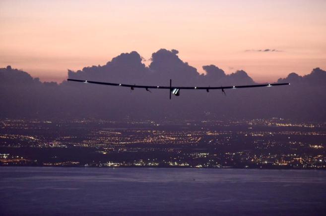 El avión, poco antes de aterrizar en Hawaii.
