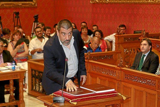 El líder de Podem en el Consell de Mallorca, durante su intervención...