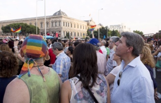 Ángel Garrido asiste a la marcha.