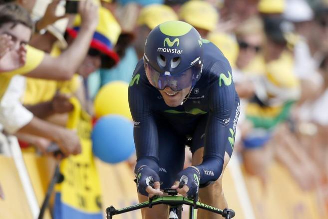 Alejandro Valverde durante la primera etapa del Tour de Francia 2015.