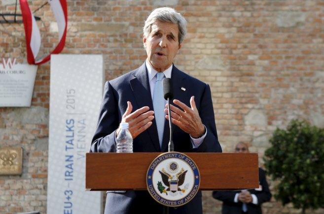 El secretario de Estado de EEUU, John Kerry, durante la rueda de...