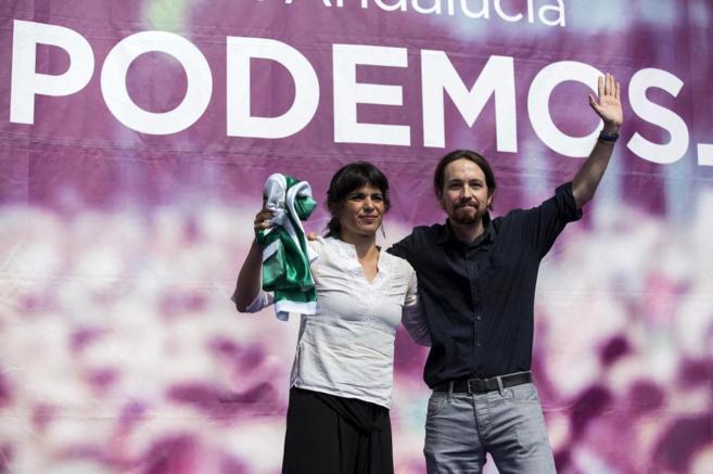 Pablo Iglesias y Teresa Rodríguez en un acto celebrado en marzo.