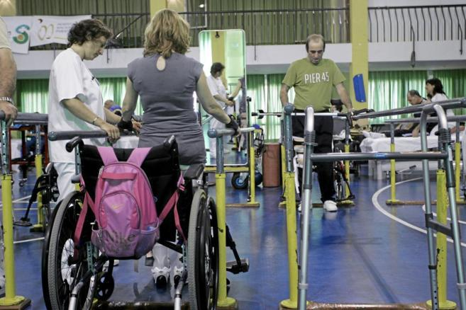 Pacientes tratándose en el Hospital Nacional de Parapléjicos de...