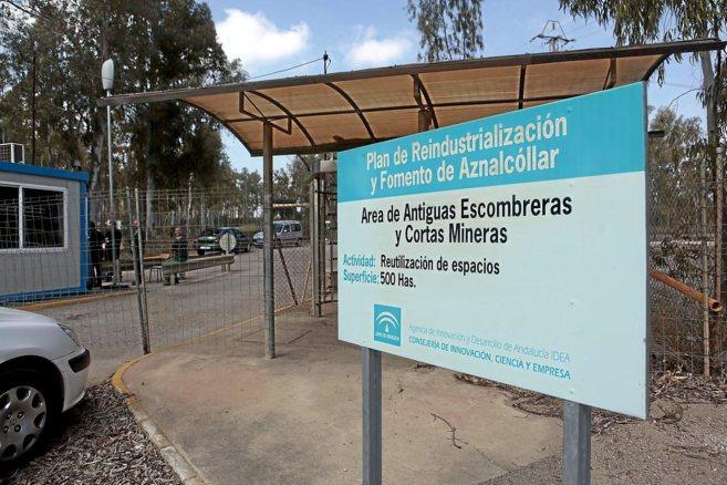 Entrada principal al yacimiento minero de Aznalcóllar.