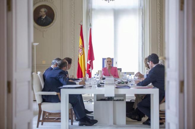 Cristina Cifuentes preside, ayer, el Consejo extraordinario de...