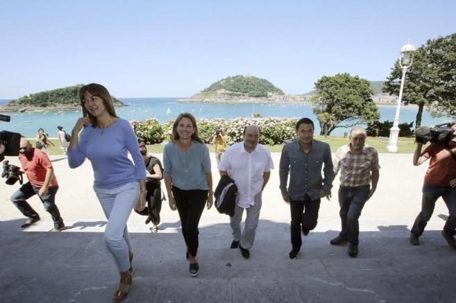 Idoia Mendia, Arantza Quiroga, Andoni Ortuzar, Hasier Arraiz y Roberto...