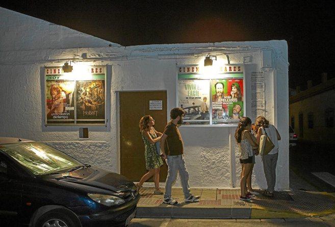 El Cinema Tomares, uno de los escasos ejemplos de cine de verano...