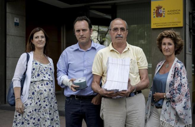 Antonio Salvá y Daniel Portero, de Dignidad y Justicia, en Audiencia...