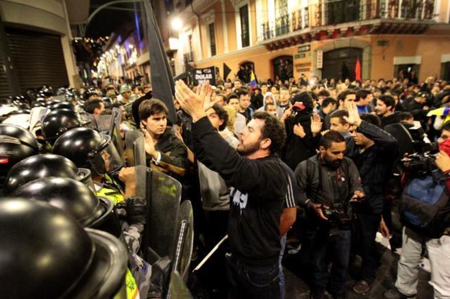 Guayaquil y Quito acogen nuevas marchas contra Correa en Ecuador