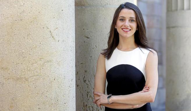 Inés Arrimadas en una entrevista con El Mundo en el Parlament.